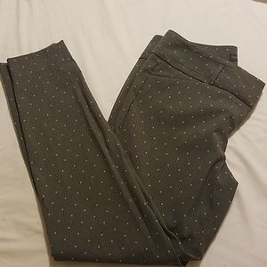 The Limited Gray polka dot ankle pant Size 8